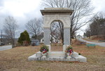 Farmington, Maine: World War I Memorial Arch